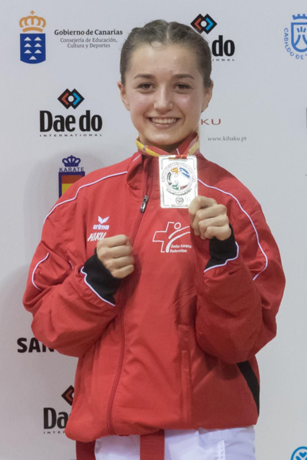 Amélie Voegelin mit der WM-Silbermedaille