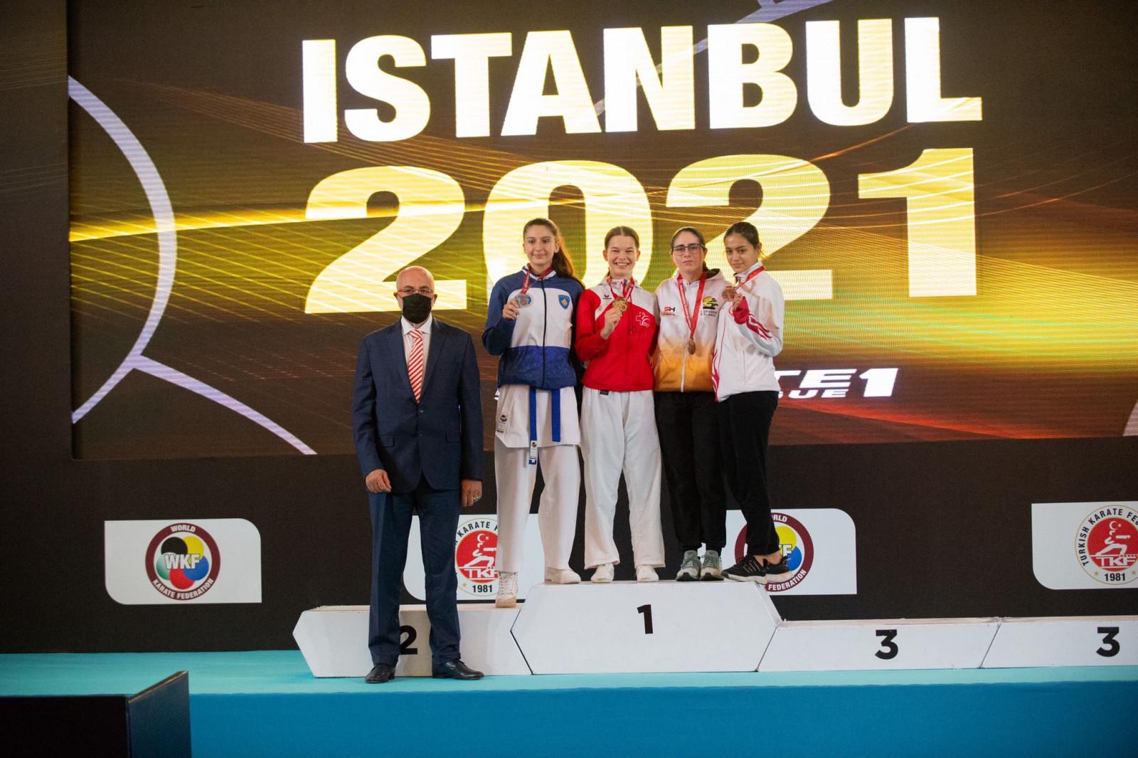Lea Bosshhard, YL Istanbul 2021